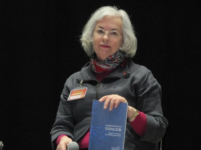 Karin Sandqvist sjunger visor i Botniahallen, Korsholm 23.4-24.4.2016